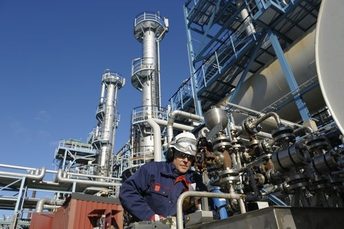 many-petrochemical-facilities-are-looking-to-expand_1445_610686_0_14041733_500-1.jpg